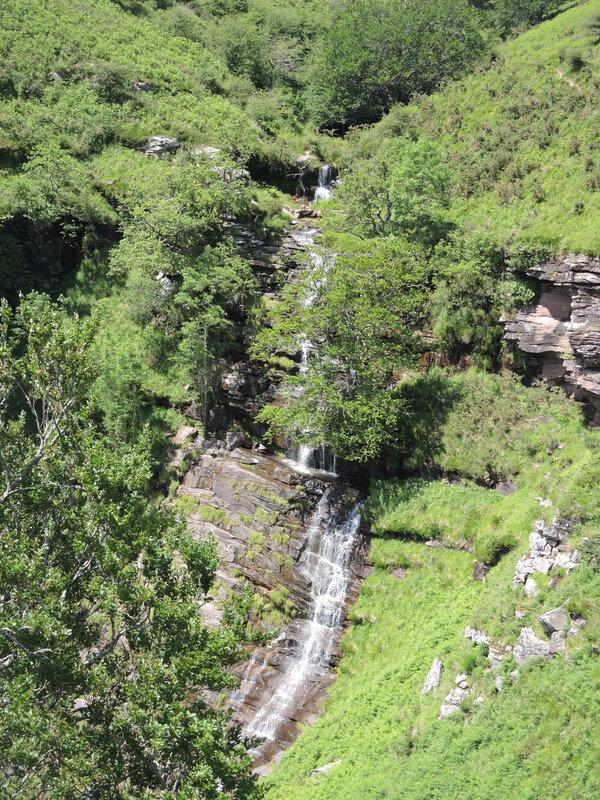 H) Penas d'Itxusi, cascade (64)
