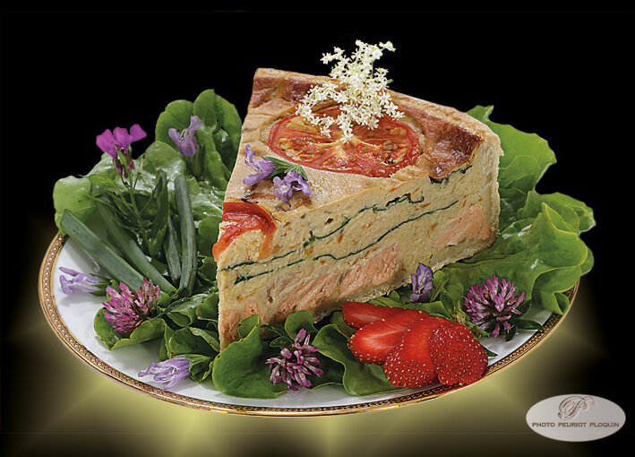 TOURTE_AU_SAUMON_et_EPINARDS