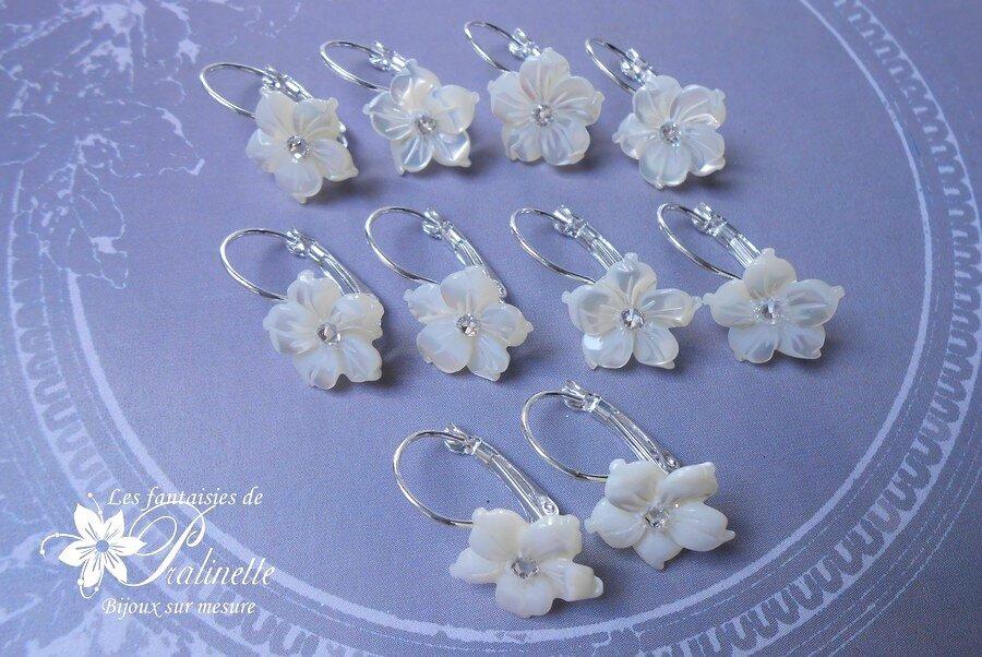 boucles-d oreilles-dormeuses-fleurs-de-nacre-demoiselles-d-honneur-2 ... 8b2e10b38f8