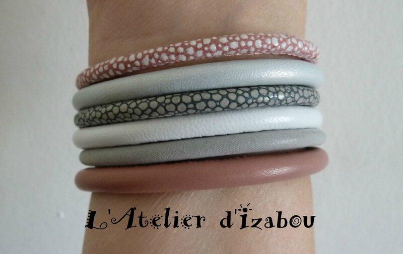 P1140365 Bracelet manchette multirangs cuir serpent, cuir lisse, rose et blanc