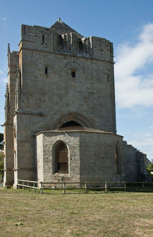 03-St Guénolé Tour Carrée-002