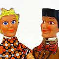 Autres jeux ... anciennes marionnettes à main (césar 1976) * guignol et son amie