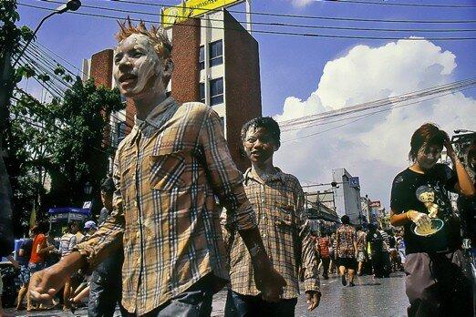 thailande_bangkok_songkran_punk