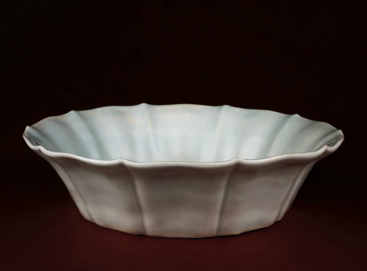 Bowl with flared lobed sides, Ming dynasty, Zhengde mark and period, 1506-1521