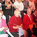 Appel à tricoter des écharpes et une mascotte aux couleurs du téléthon 2012 - tricot téléthon les 1er et 2 décembre à fourmies