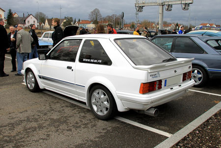 Ford_escort_RS_turbo__Rencard_de_Haguenau__02
