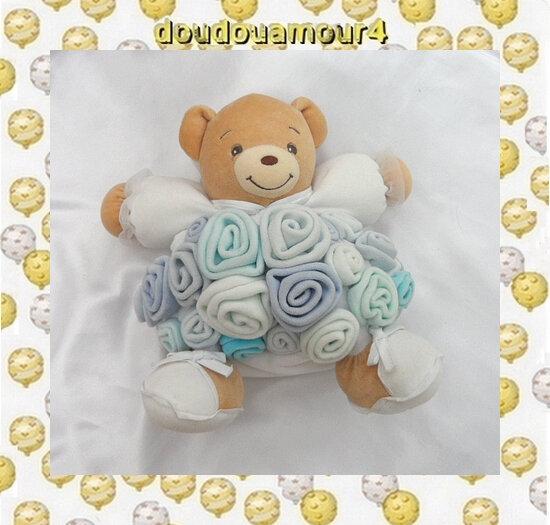 Doudou Peluche Ours Beige Bouquet Fleur Bleu Blanc Kaloo