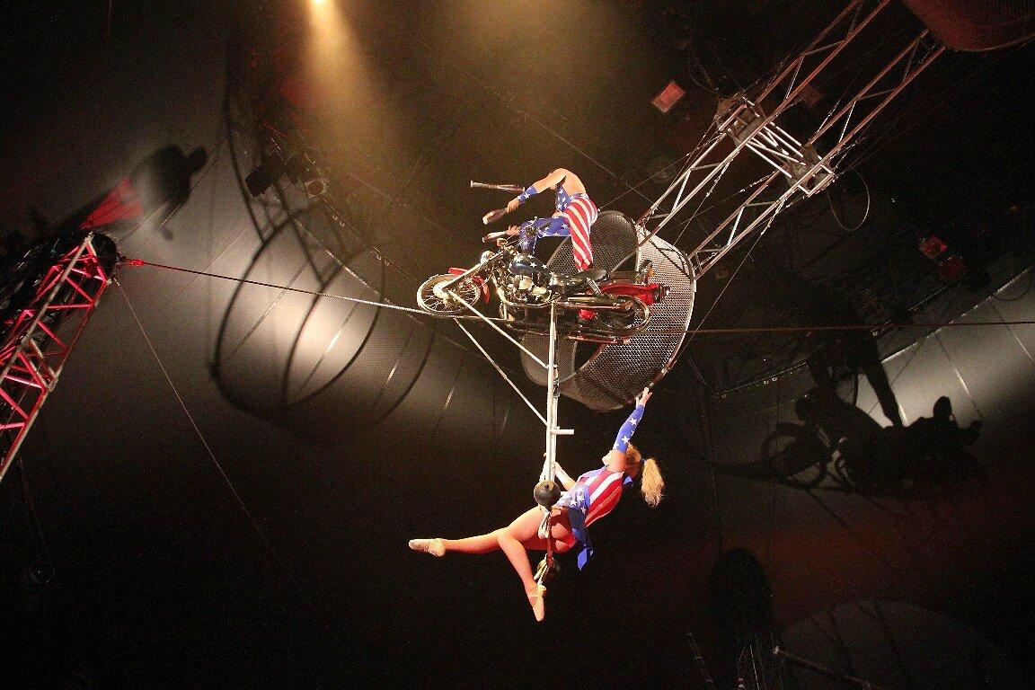 Cirque Electrique - Les Radoi_3503