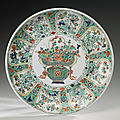 A large famille-verte dish, qing dynasty, kangxi period (1662-1722)