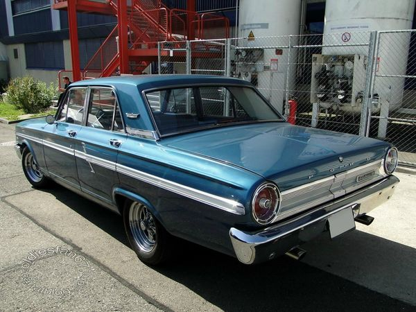 ford fairlane 500 4door sedan 1964 b