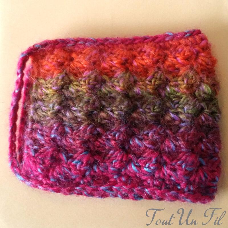 Cosy Mug Coloré Crochet 02