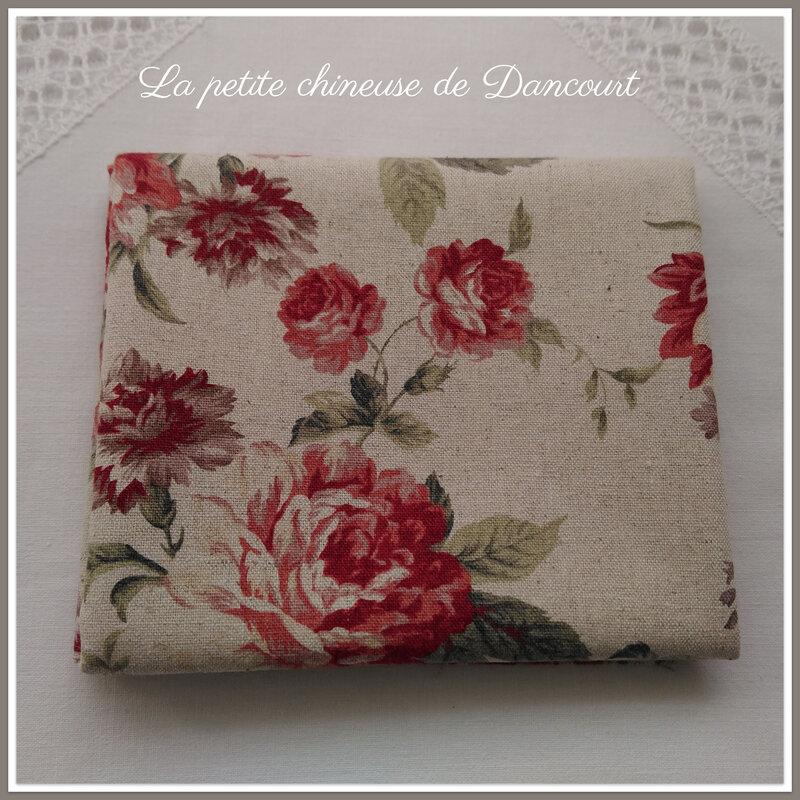 Coupon de tissus La roseraie rouge la petite chineuse de Dancourt