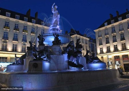 la_fontaine_de_la_place_royale
