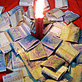 Bougie dollars macumba puissant du voyant medium aganman
