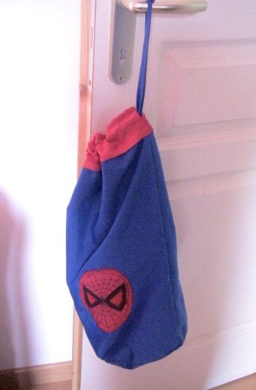 Porte pyja Theo