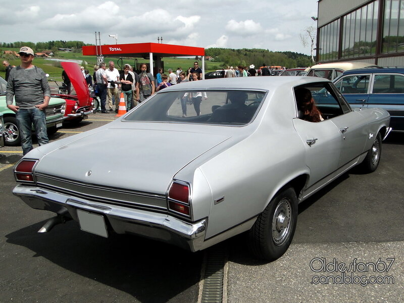 chevrolet_chevelle_concours_sport_sedan_1969_02