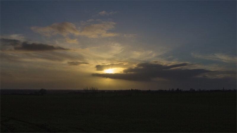Tempête Bella soir paysage 281220 2 ym nuages croque soleil