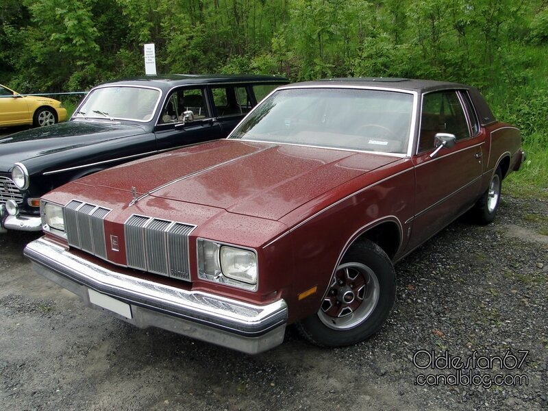 oldsmobile cutlass supreme coupe-1978 01
