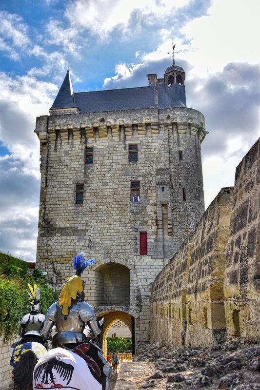 Forteresse Royale de Chinon Arthur de Richemont, est fait connétable de France par Charles VII , le 7 mars 1424