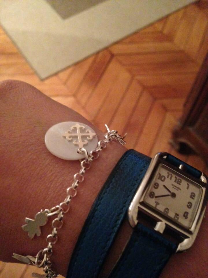 Le bracelet personnalisé d'Ann