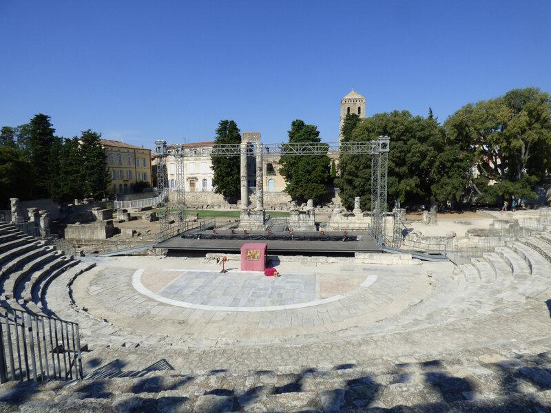 14 Arles Théâtre (2)