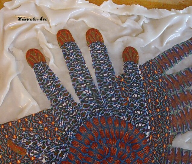 mains detail 04