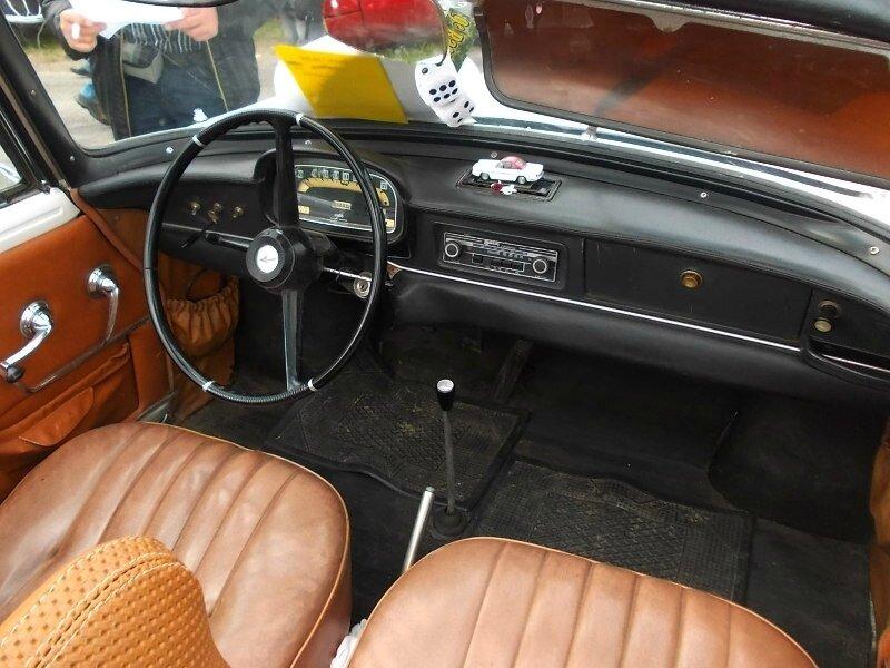 RenaultCaravellecabint
