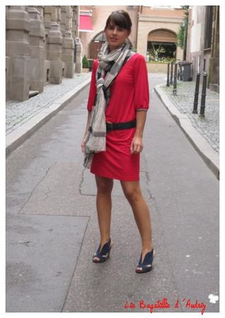 Robe_rouge_et_liberty_3