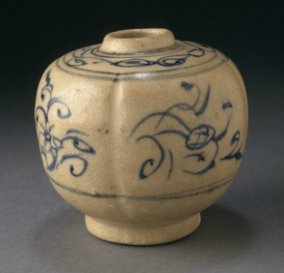 Jarlet in the Form of a Melon with Cursive Floral Sprays, Vietnam, early 15th century