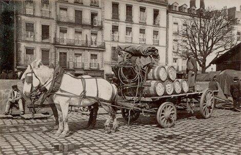 561x360_livraison-barriques-muscadet-nantes-vers-1900