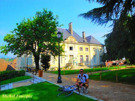 1007) palais épiscopal à Belley