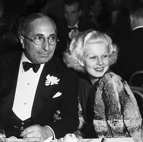 jean-1935-gala-with_louis_B_mayer-1-1