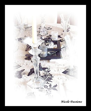 table_noire_taupe16