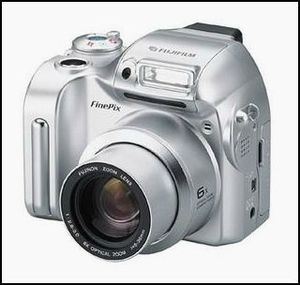 5 - Fuji finepix-2800-zoom