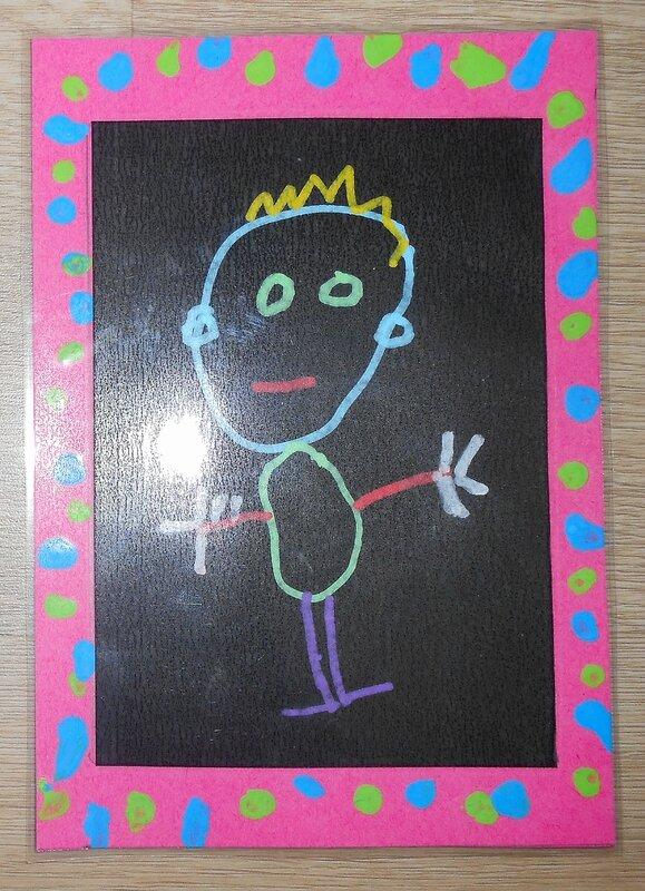 bonhomme-école-maternelle-moyenne-section-activité-manuelle-peinture-dessiner-enfant-enfants-autoportrait-facile-simple-tableau (4)