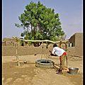 Mali : il faut puiser l'eau
