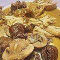 Pintade farcie aux noisettes sauce au cidre