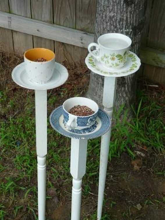 Creative-Bird-Feeder-Ideas-10