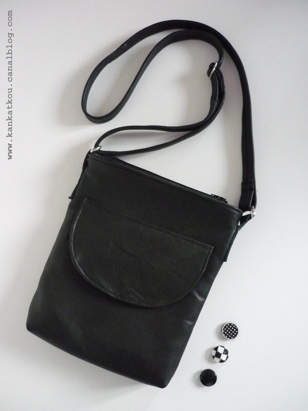 P1360381 sac en cuir