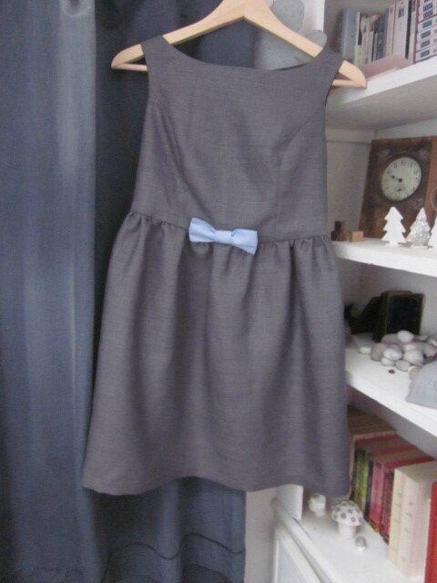 Robe ADELE en lin gris avec noeud de lin ciel - taille 36 (2)