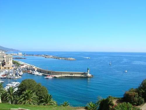 1er jour : arrivée en bateau à Bastia depuis Marseille