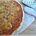 Pizza courgette, chèvre et jambon