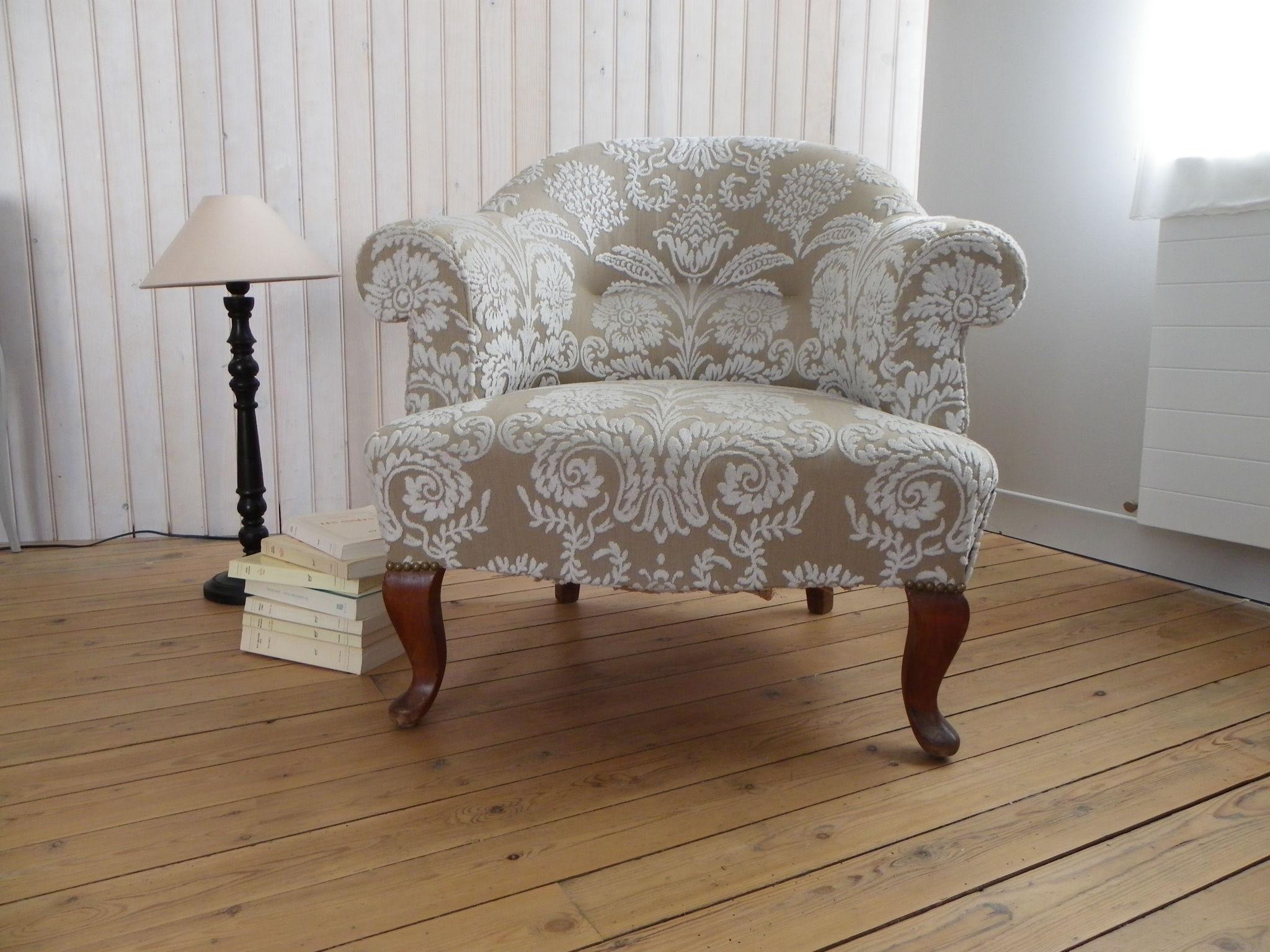 fauteuil crapaud photo de realisations voltaire et cie. Black Bedroom Furniture Sets. Home Design Ideas