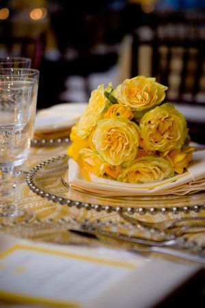 Yellow-Rose-Ranunculus-Bouquet-300x450