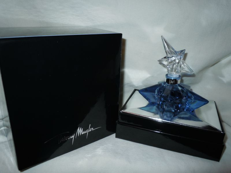 MUGLER-ANGEL-MUGLERMETAMORPHOSESCOLLECTION