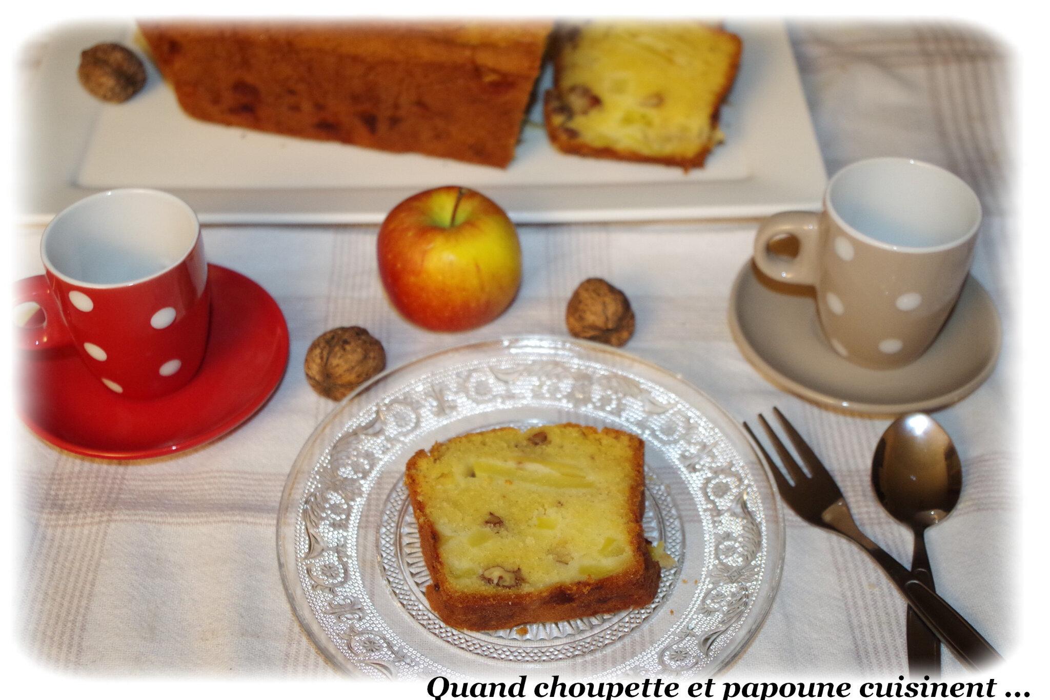 CAKE AUX POMMES ET AUX NOIX COMME DANS L'ANCIEN TEMPS ...