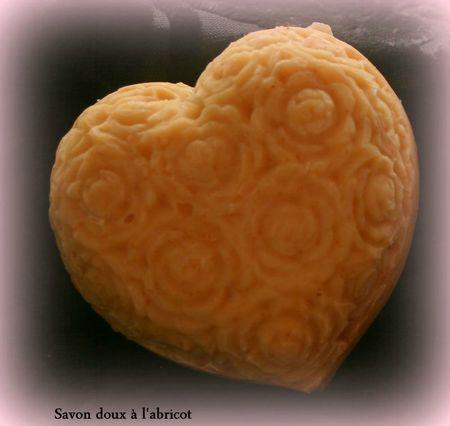 savon doux à l'abricot 1