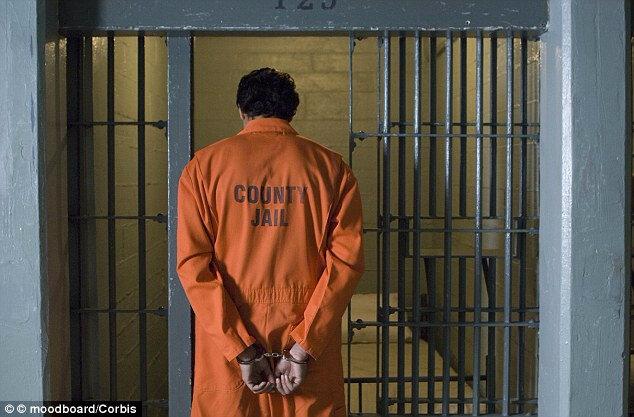 GRAND MAITRE MARABOUT REDOUTABLE AGUIDI POUR VOUS FAIRE SORTIR DE PRISON