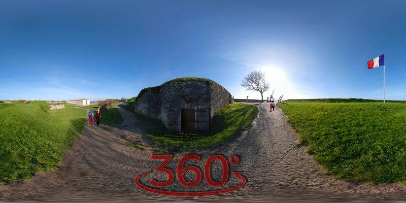 L'Actualité de l'histoire, Les Communards dans les Prisons charentaises (1871-1874) Henri Rochefort passe de Fort-Boyard au Château d'Oléron puis à Saint-Martin