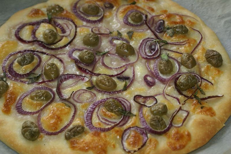 pizza oignons olives
